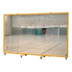 Spiegelwand 300x180 cm