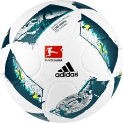 "Adidas® Voetbal ""Torfabrik 2016 Top Training"""